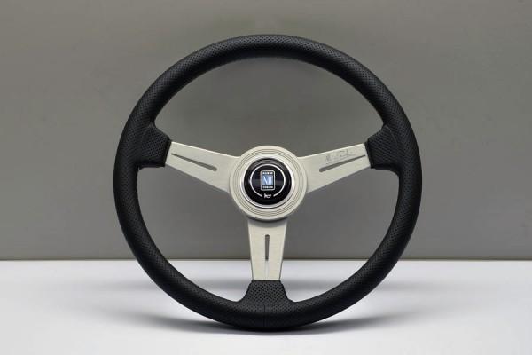 Nardi Classic 340мм перфорированная черная кожа